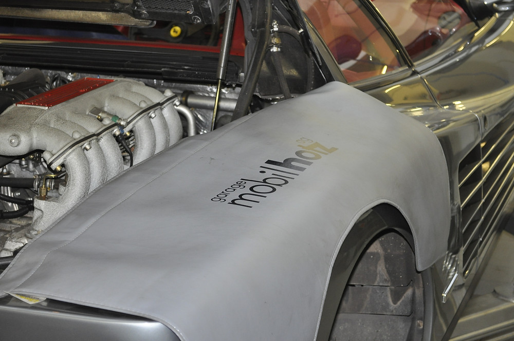 Ferrari Testarossa Service