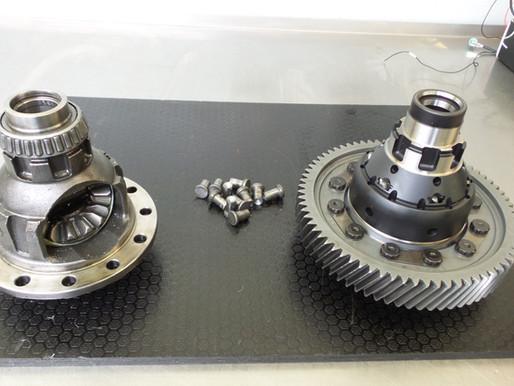 SEAT Leon Schaltgetriebe revidieren, Getrieberevision, Sperrdifferenzial nachrüsten