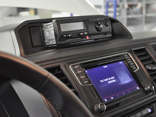 VW T6, Fahrtenschreiber demontieren, VW T6 Fahrtenschreiber deaktivieren