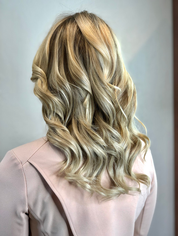 PNW Balayage Blond + Extensions