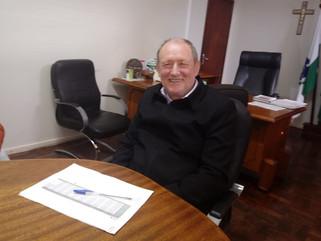 Agravamento da crise financeira força prefeito de Capanema a exonerar secretários e diretores de dep