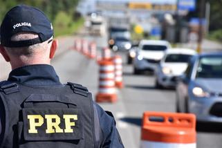 PRF registra queda no número de acidentes e feridos durante a operação