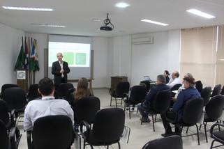 Café com o Presidente apresenta informações financeiras e para investimentos em Barracão