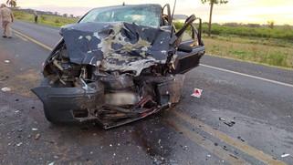 Grave acidente deixa dois mortos e quatro feridos na BR-373