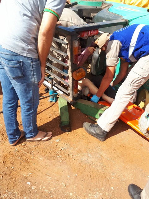Trabalhador fica ferido em acidente com empilhadeira em cerealista de Capanema