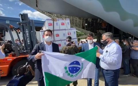Governador Ratinho Jr declara aberta a vacinação contra a Covid-19 no Paraná