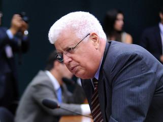 PF cumpre mandados e prende ex-deputado federal Nelson Meurer e seu filho em Francisco Beltrão