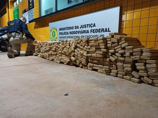 PRF prende traficante transportando 317 kg de maconha que seria trazida para o Sudoeste