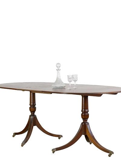 英國古董牛皮桌