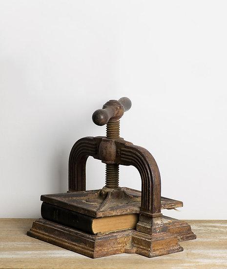 法國古董壓書器