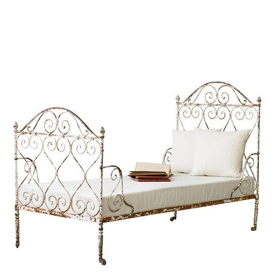 法國路易 XVI 古董鐵床
