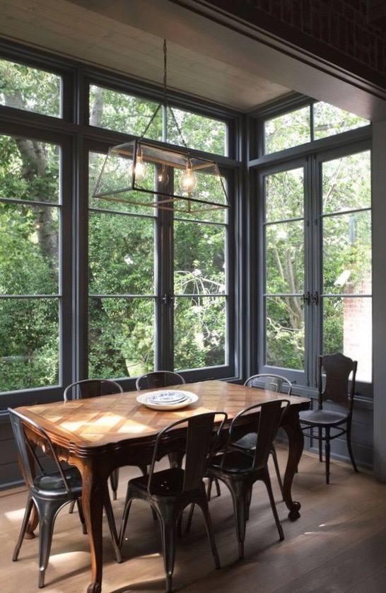 造型餐桌、餐椅