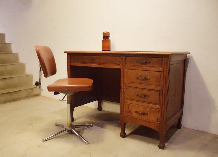 法國橡木書桌, 法國工作椅