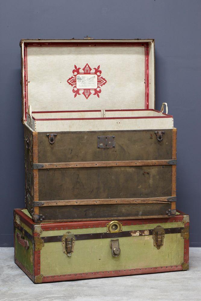 古董行李箱