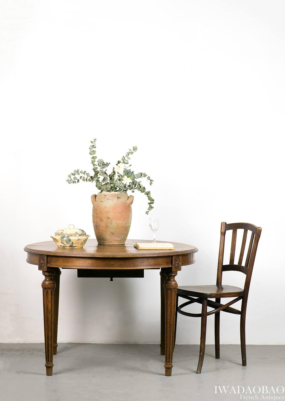 法國路易 XV 橡木古董圓桌