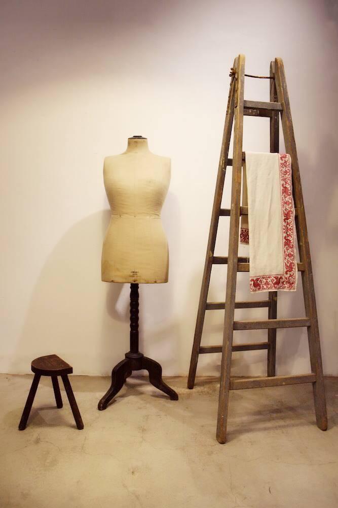 法國古董木梯, 董人台, 椅凳