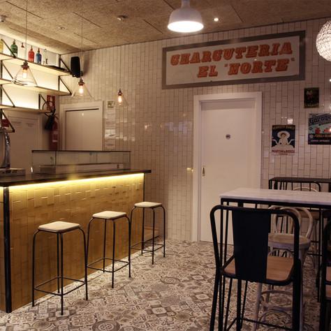 Bar North & South