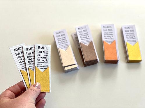 Mini magnetic bookmark [M]
