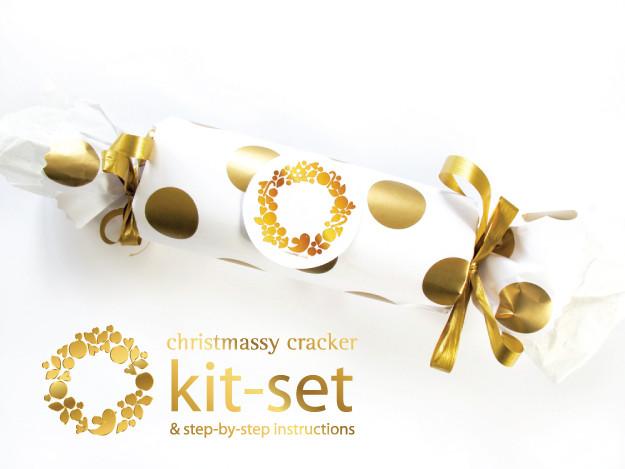 Gold dot cracker kitset_small_WORDS_WEB.jpg