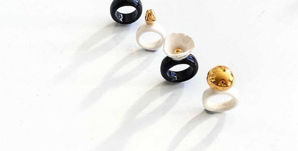 Ceramic gold bobble ring