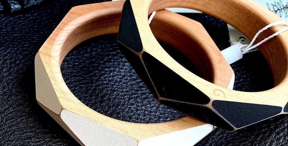 Faceted native timber bangle