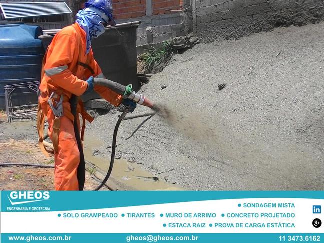 Vantagens do Concreto Projetado via úmida (Fluxo denso) sobre a via Seca