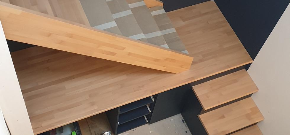 Meuble - escalier.jpg
