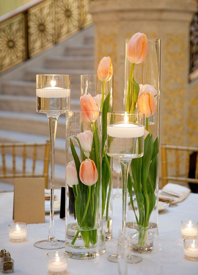 beautiful-spring-wedding-centerpieces-of-tulips