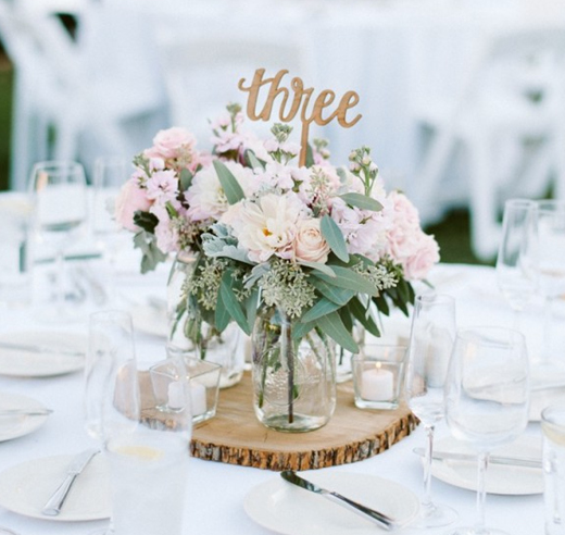 Whimsical-and-Romantic-spring-wedding-centerpieces_edited