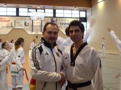 Mahmoud Tarkashvand (re.)