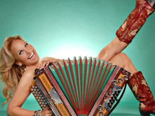 """Giving theAccordion theSpotlight in""""There's AnAccordion inMyClos"""