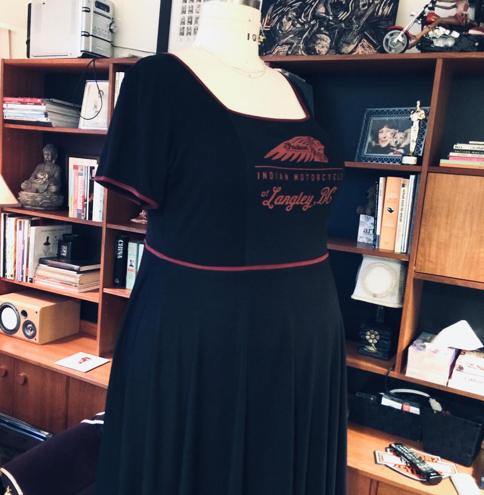 DRESS MADE FROM T-SHIRT