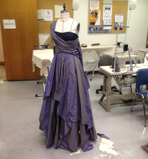 DRAPPED GOWN COMPLETE