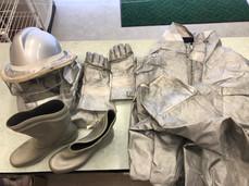 蜂防護服 クリーニング