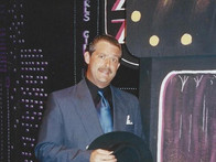 "Allen as ""Nathan Detroit"" in Guys & Dolls"