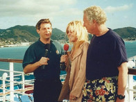 Allen chatting with actress Joan Van Ark