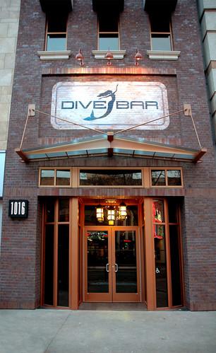 Dive Bar :: Sacramento, CA