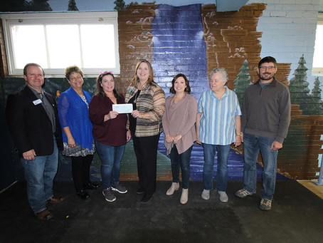 Community Leaders Give Back to Children's Museum
