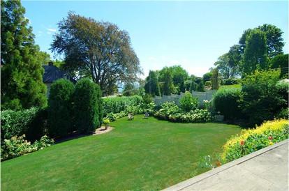 Black Rock Residence Rear Gardens