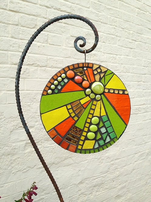 Citrus Burst Sunburst Circle: Glass Hanging Garden Mosaic 25cm
