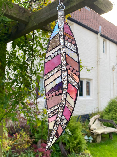 Hanging Garden Feather: Pink