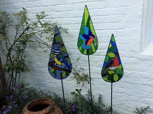 Bird Teardrop Garden Art