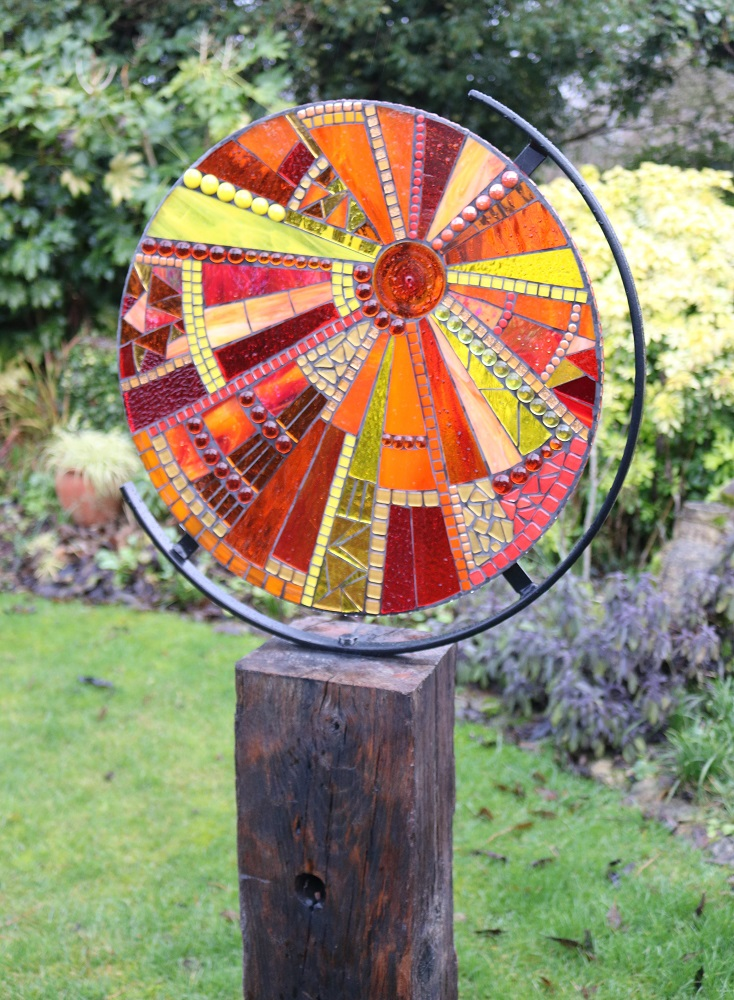 garden sculpture-glass mosaic