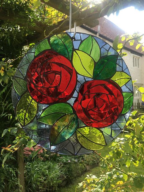 Roses Circle: Glass Hanging Garden Mosaic