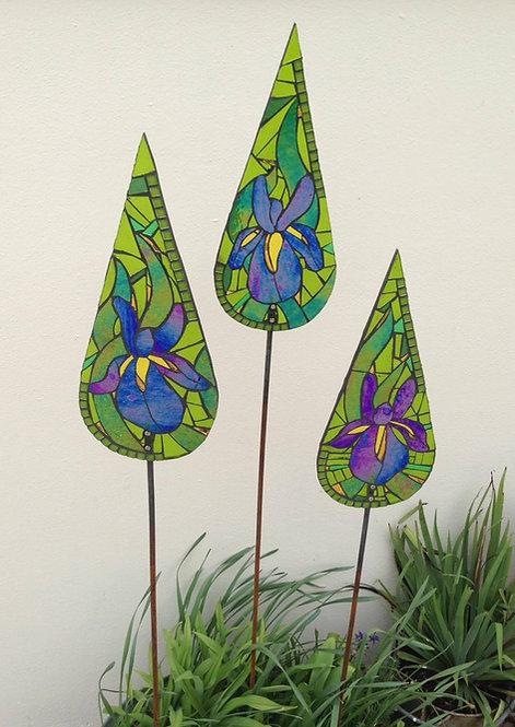 Iris Teardrop Garden Art