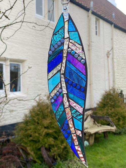 Hanging Garden Feather: Blue