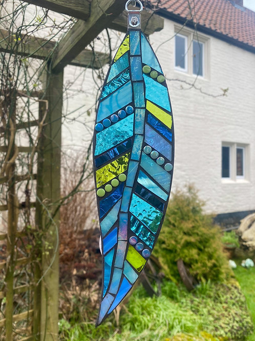 Hanging Garden Feather: Blue