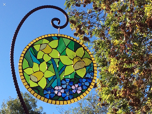 Daffodil Circle: Glass Hanging Garden Mosaic