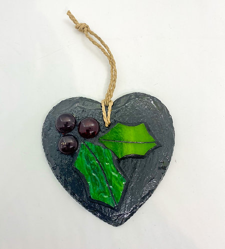 Christmas Holly Garden Slate Heart