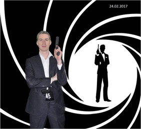 Soirée 007 stand photos